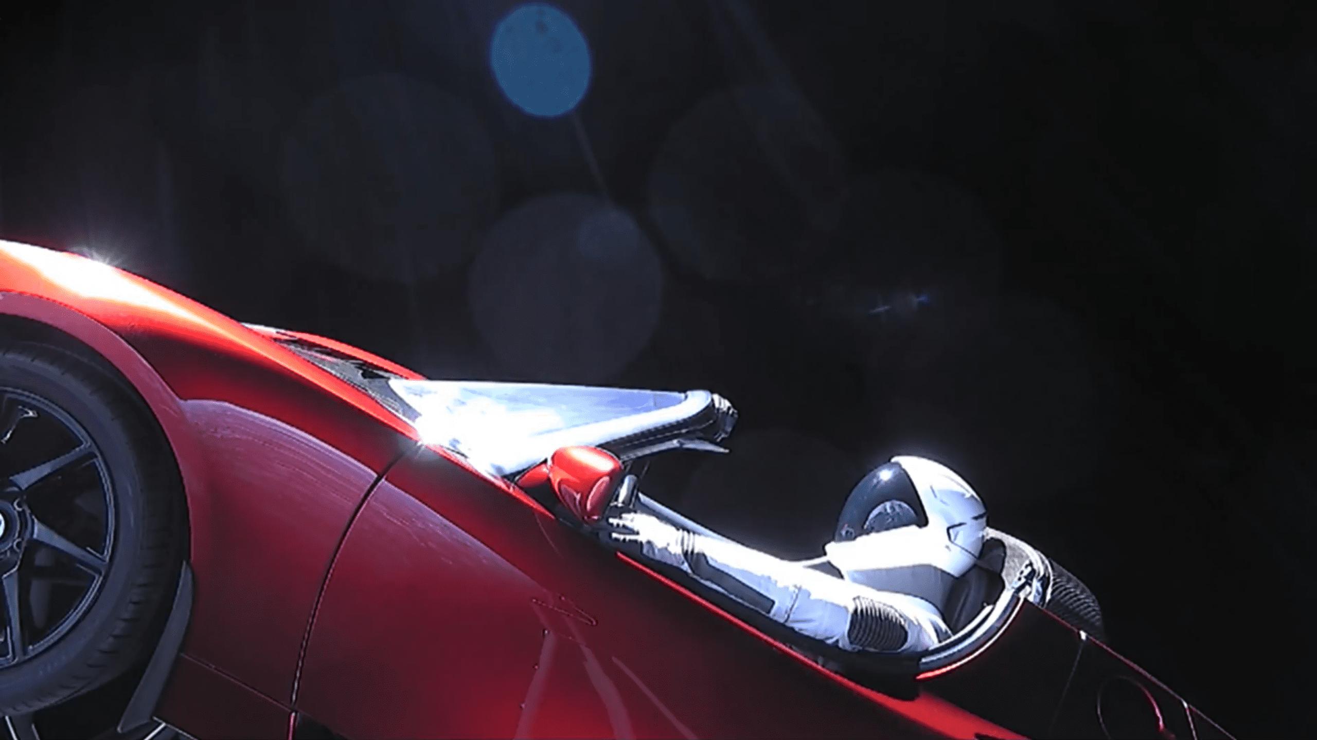 falcon heavy space x et le roadster tesla dans l 39 espace la lune officiel. Black Bedroom Furniture Sets. Home Design Ideas